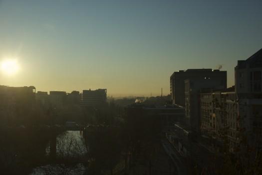 Lever de soleil sur Port Marianne, Montpellier (18 janvier 2012)
