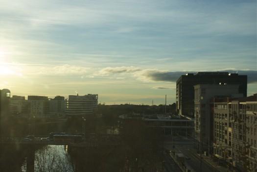 Encore un lever de soleil sur Port Marianne, Montpellier (20 janvier 2012)