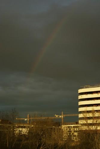 Arc en ciel sur Port Marianne, Montpellier (19 février 2012)