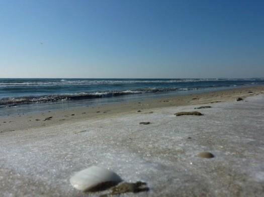La plage du Petit Travers est gelée, Carnon (4 février 2012)