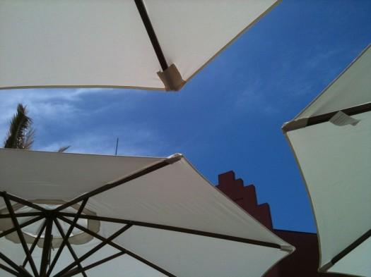 Trio de parasols, Montpellier (14 mai 2012)