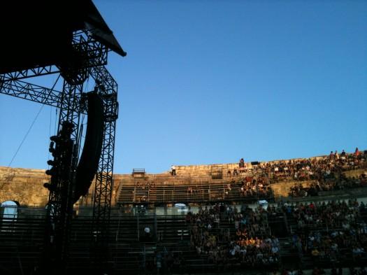 Dans la fosse des Arènes, Nîmes (10 juillet 2012)