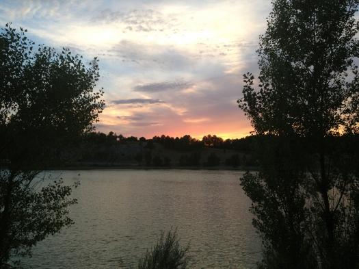 Coucher de soleil sur le lac, Le Crès (12 août 2013)