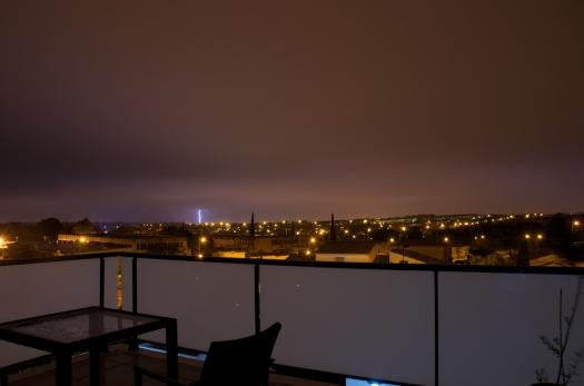 Un éclair s'abat sur Montpellier (6 octobre 2014)