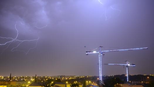 Orage sur le chantier de l'Agora (Le Crès, 31 juillet 2015)